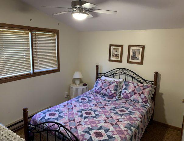 East Bed Room Queen